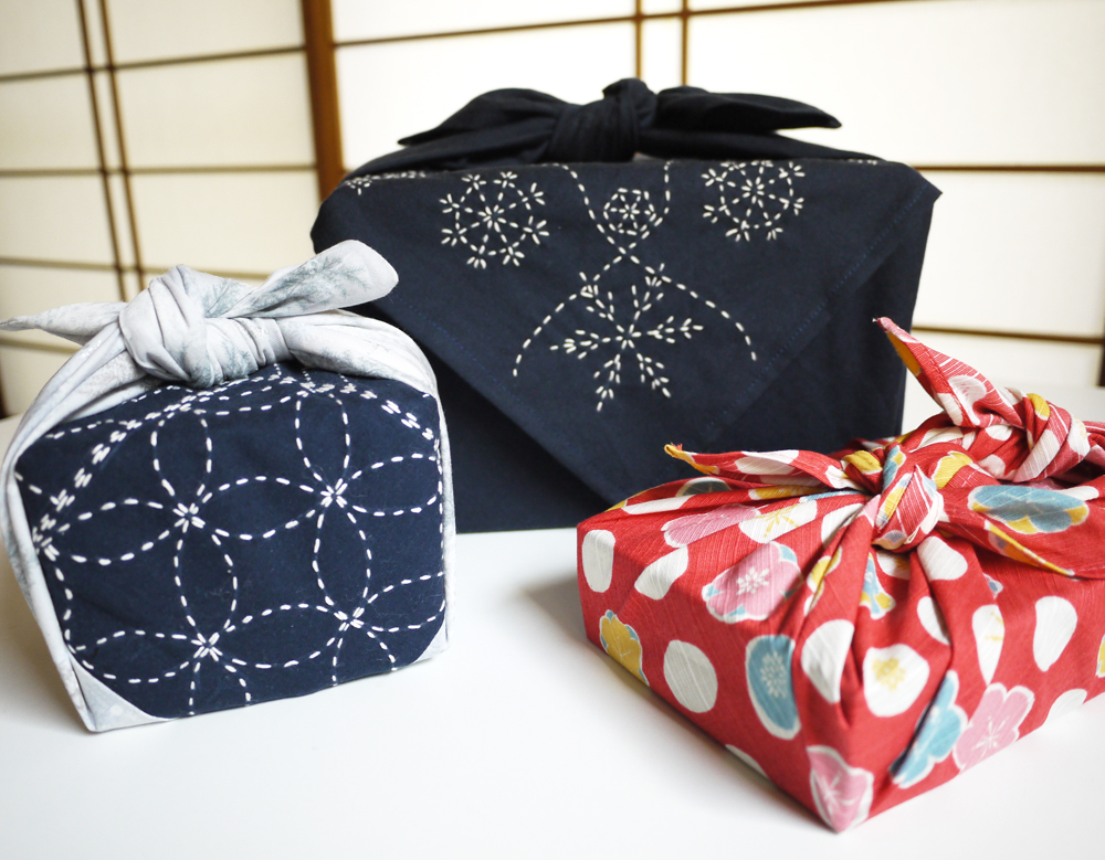 Handmade gift wrap ideas for the holidays sashiko for Japanese wrapping
